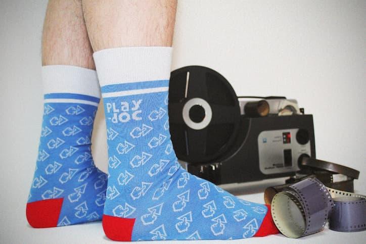 Edición especial de calcetines SomosOcéano para Play Doc